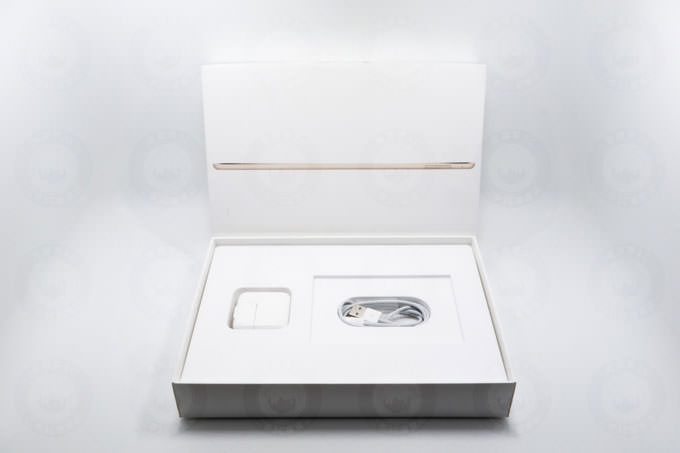 ipad盒裝配件