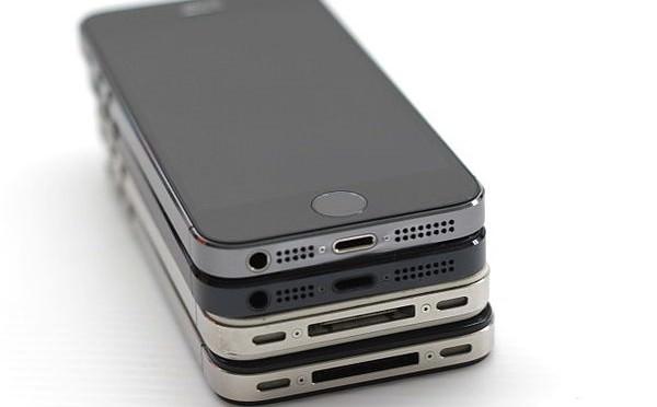 二手手機收購-各代iphone與iphone5S的外觀比較
