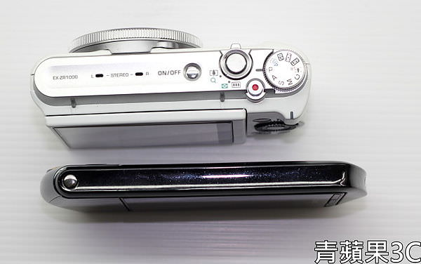 青蘋果3C - 比較 - ZR1000 TR15 上面比較